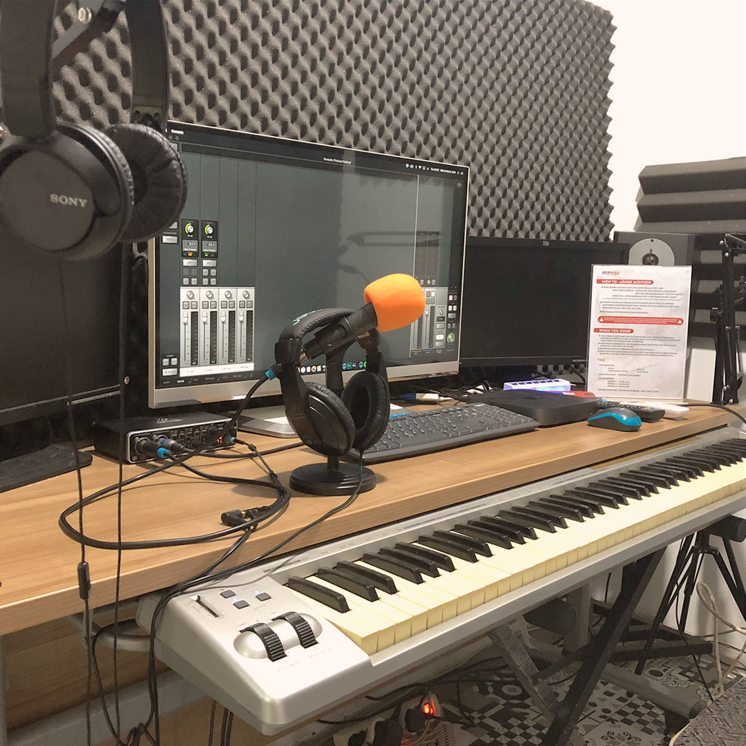 studio box 1